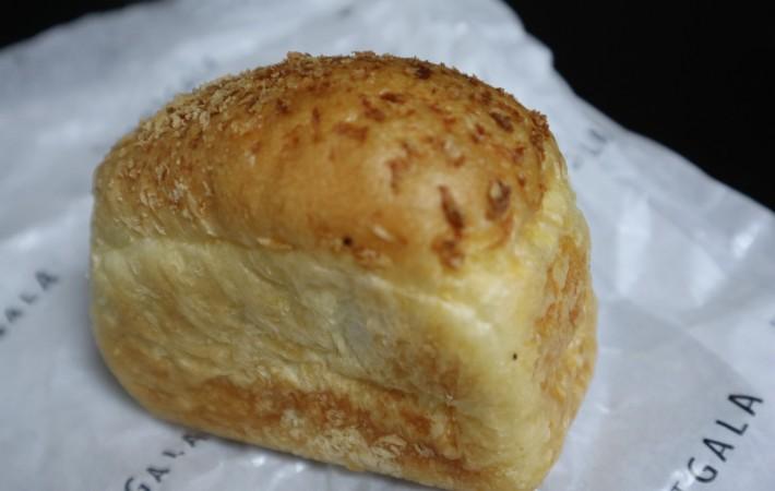東京 駅 カレー パン